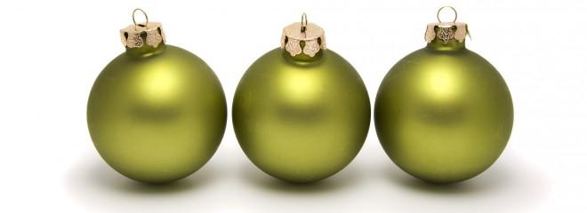 Imagen de tres bolas de navidad